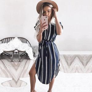 Dresses & Skirts - 🆕Just In! Boho Summer V-neck Midi Printed Dress
